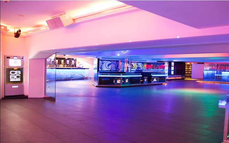 On this picture you see the inside of nightclub Costa Breve