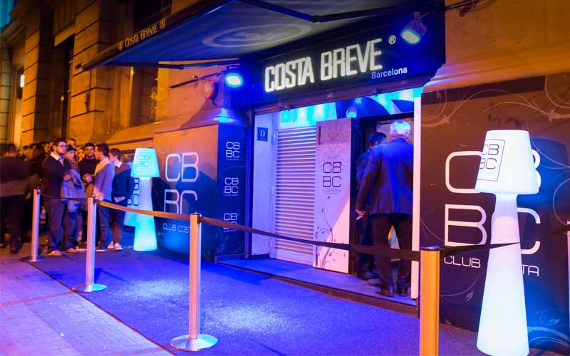 On this picture you see the entrance of nightclub Costa Breve