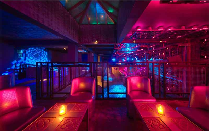 Discover the nightlife of Barcelona with only one ticket. Get unlimited access to 24 nightclubs and visit the greatest parties at Nightclub Shoko Barcelona.