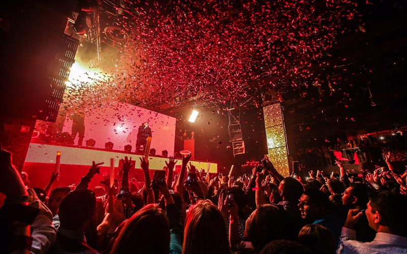 On this picture you see a confetti rain at nightclub Club Bunker Barcelona